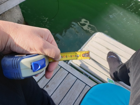 This is the waterline difference with full H2O and fuel tanks